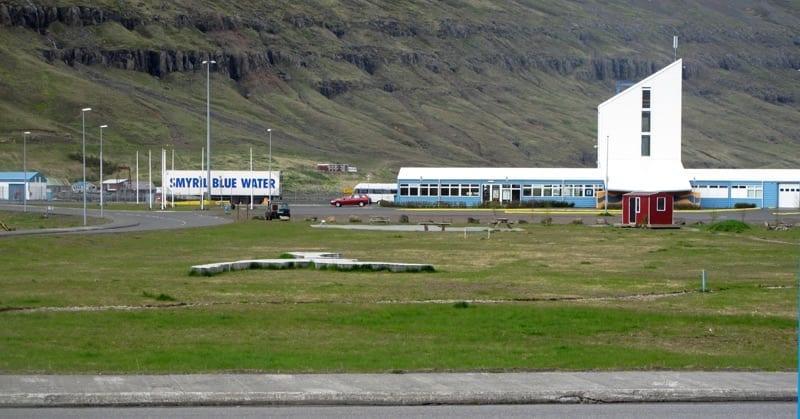Indíánatjald í Hafnargarðinum